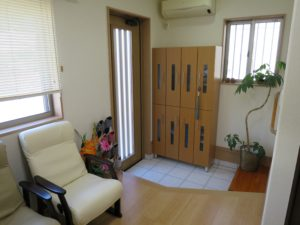 堀田治療院の玄関